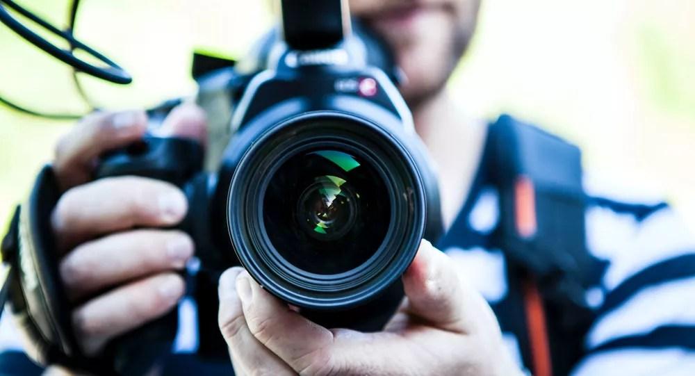 Journaliste, caméra