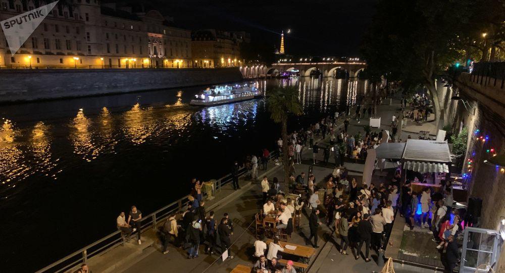 «Une catastrophe pour la France»: un chef des urgences évoque un possible reconfinement