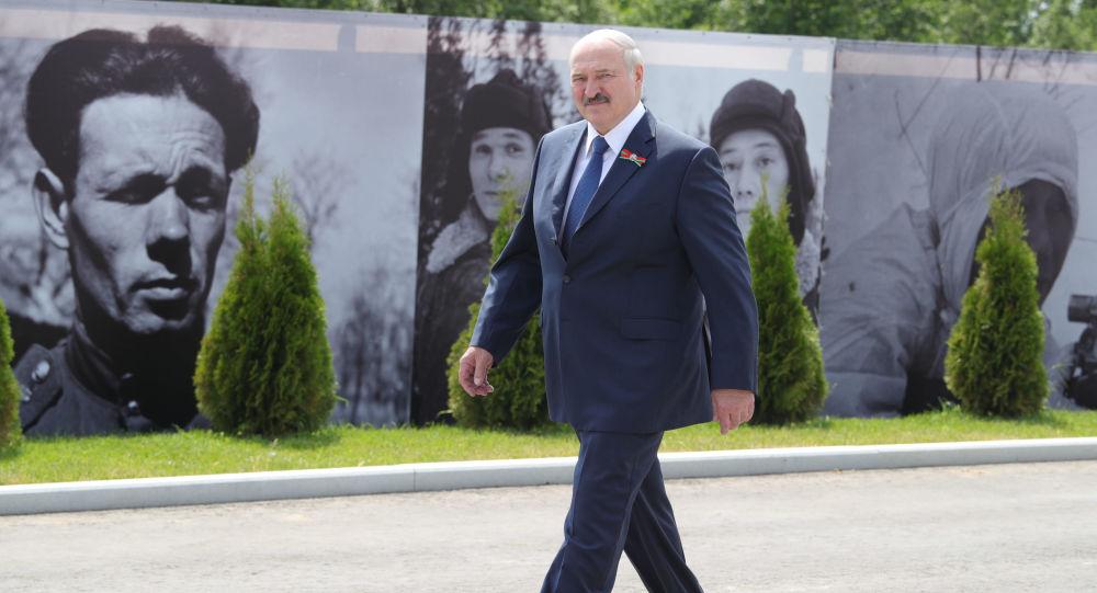 «Nous ne cèderons le pays à personne»: Loukachenko fait le point sur la situation en Biélorussie