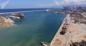 L'aide au Liban: un porte-hélicoptères de la Marine française en route pour Beyrouth