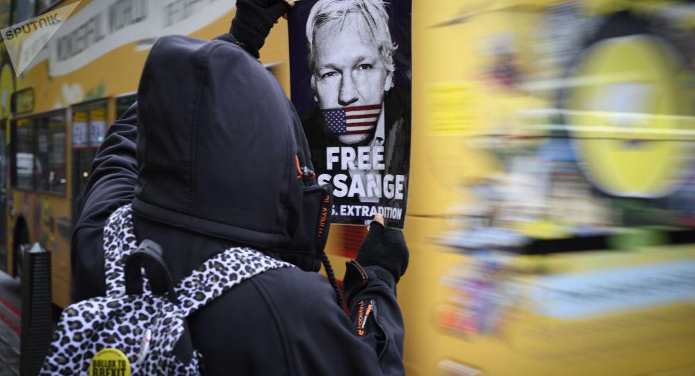 L'arrestation de Julian Assange s'est faite sur ordre direct de Trump, selon une journaliste américaine