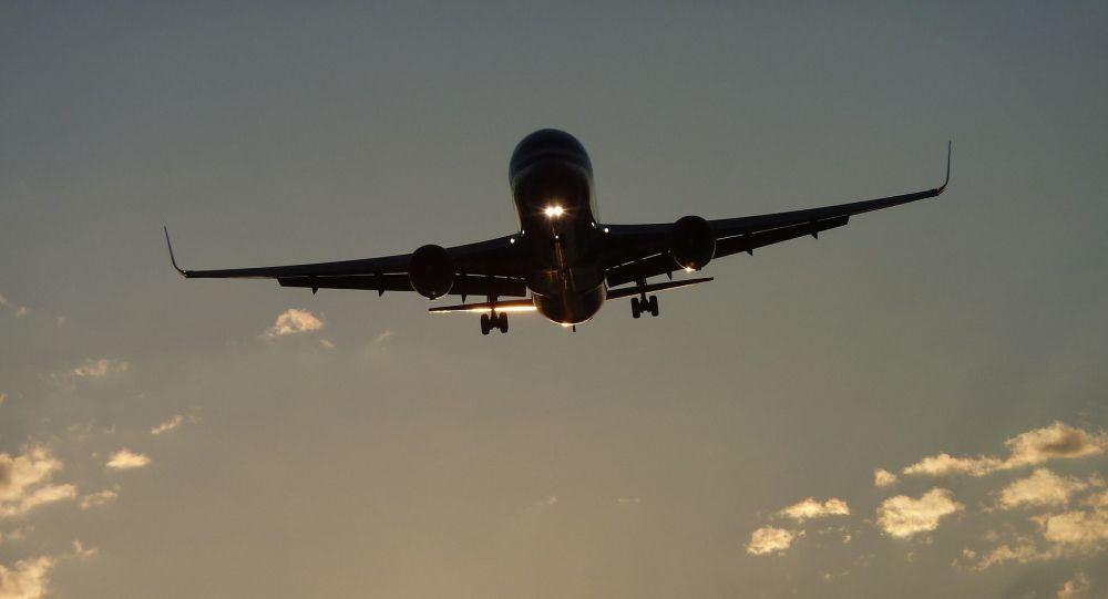 Restrictions chinoises sur le trafic aérien: les Américains attaquent, les Européens acquiescent