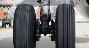 L'Airbus A330 d'Emmanuel Macron heurte un hangar à Beyrouth - photo