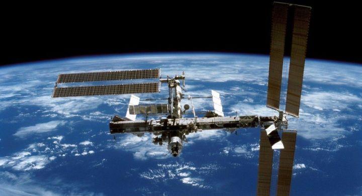 L'ISS a manœuvré pour éviter une possible collision avec un débris