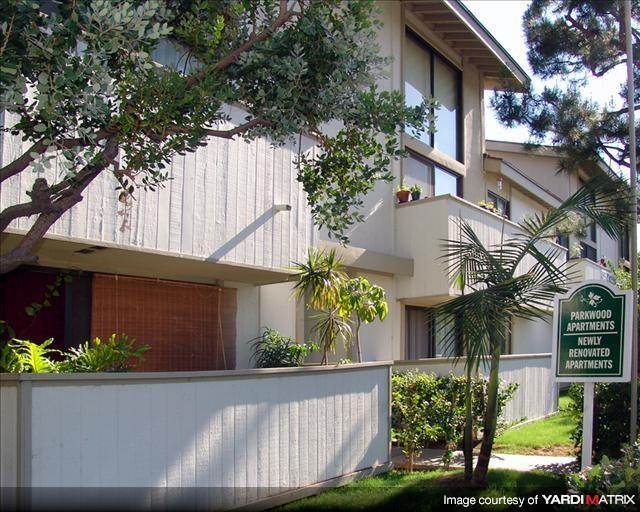 parkwood tarzana apartments 18540