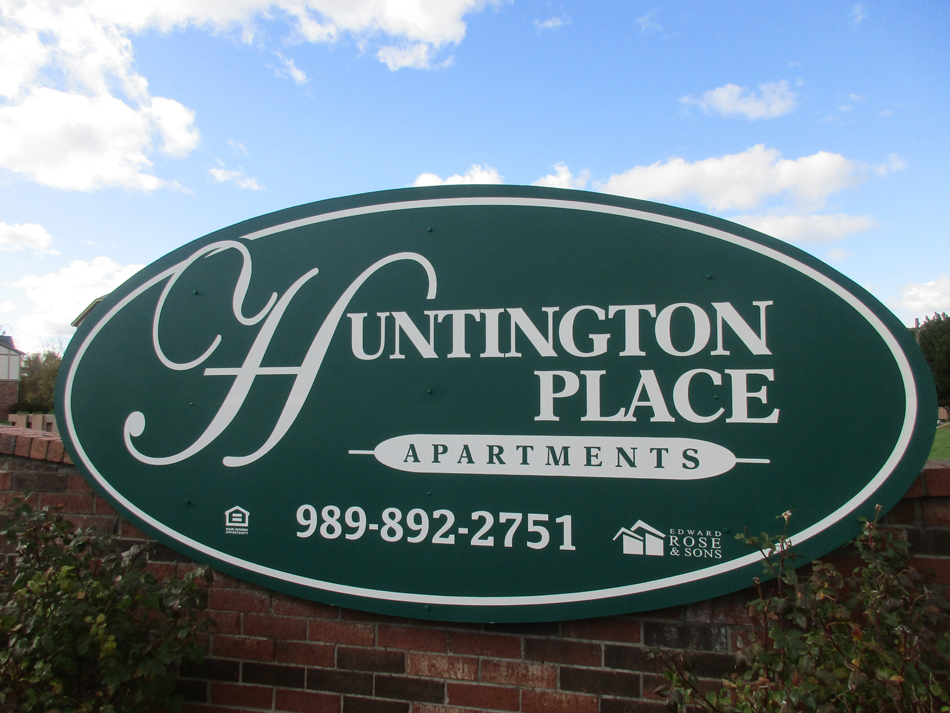 Huntington Place Apartments, 837 N. Scheurmann Road
