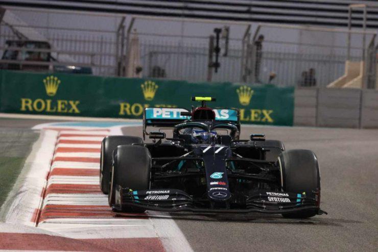 Bottas pilotando pela Mercedes em 2020 (Foto: Mercedes)