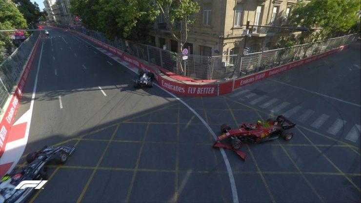 Tsunoda e Sainz fecharam a acidentada classificação em Baku (Crédito: Twitter / @F1)