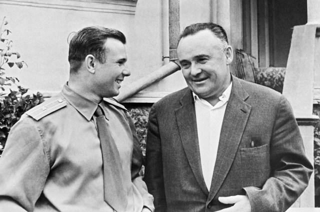 Yuri Gagarin and Serguéi Koroliov