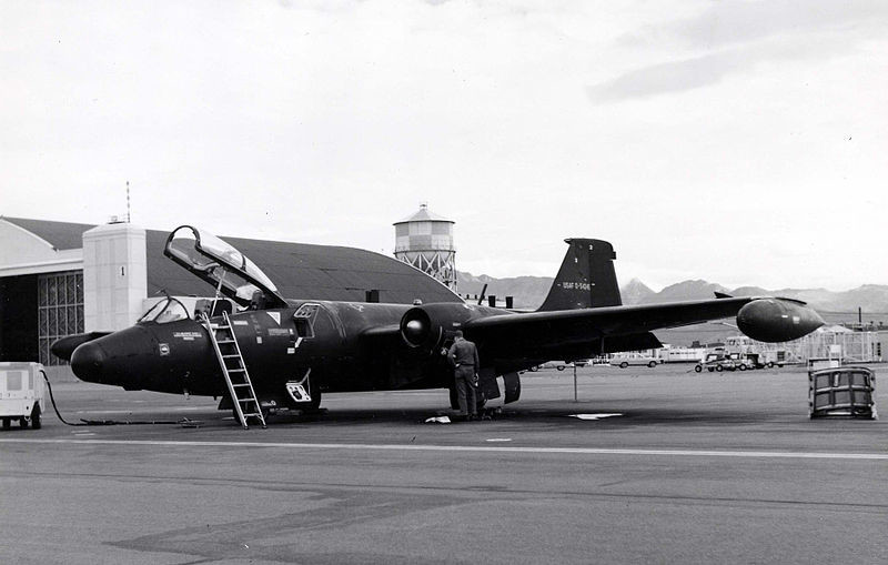 Martin RB-57E. Vista frontal tomada el 14 de agosto de 1967