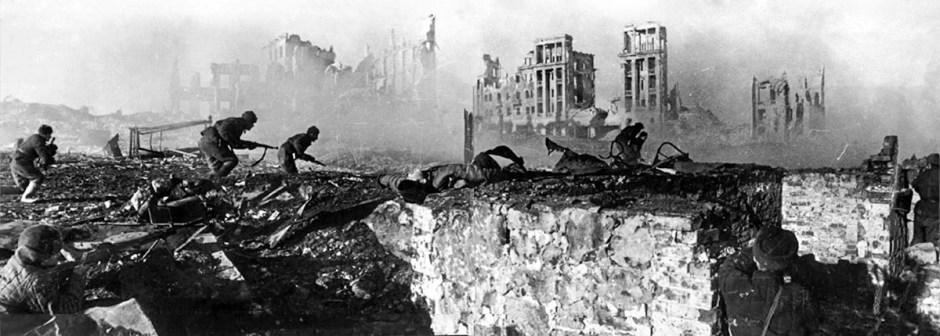 Infantería soviética en Stalingrado.