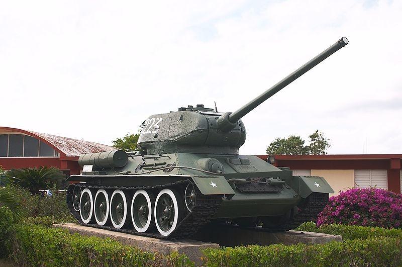 Tanque T-34 expuesto en el Museo Girón