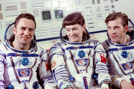 Svetlana Savitskaya: The first woman to walk in space - Russia Beyond