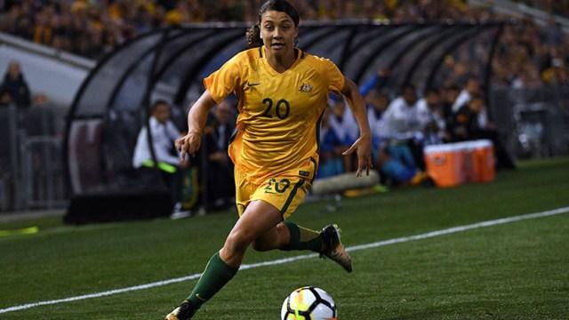 Video: El gol de una futbolista australiana causa admiración en las redes