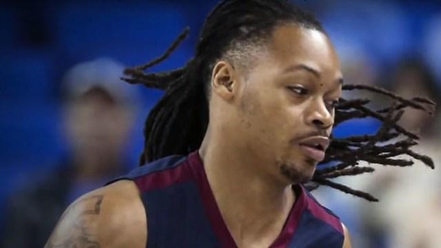 VIDEO: Un basquetbolista sufre un infarto en pleno partido