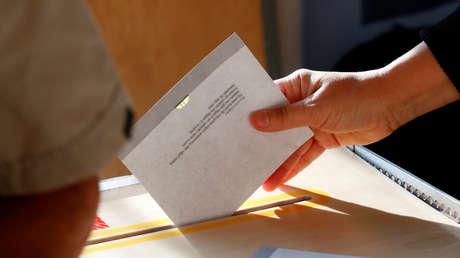 5c2e238fe9180f93488b4568 - Los salvadoreños acuden a las urnas para elegir presidente entre candidatos que prometen poner fin a la corrupción y violencia de las maras