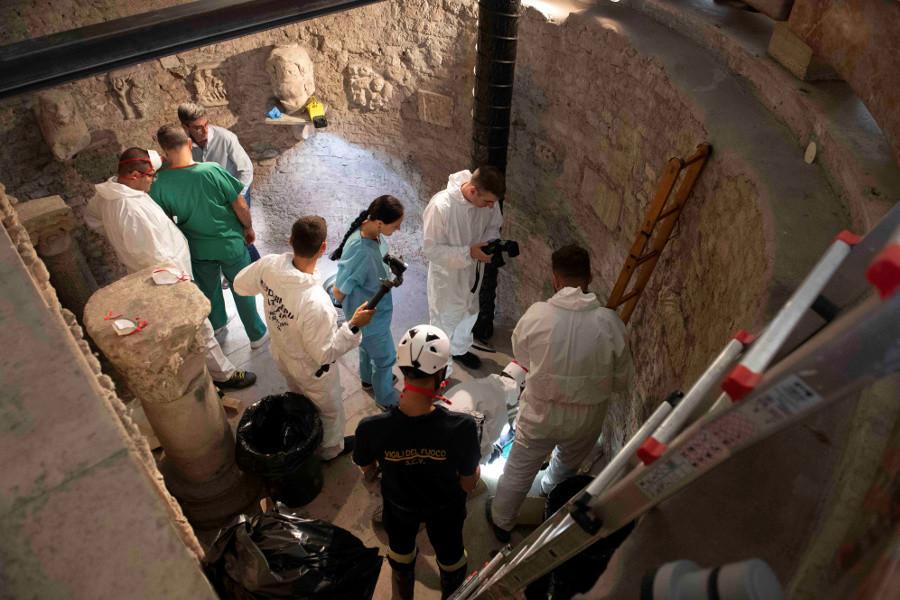 Thousands of human bones found in the Vatican