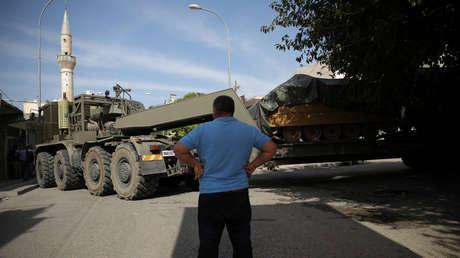 Un vehículo militar turco en la localidad de Akcakale, en la frontera de Turquía con Siria, el 14 de octubre de 2019.