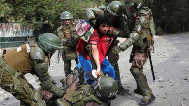 'Superlunes' de protestas en Chile contra Piñera a pesar del acuerdo para una nueva Constitución