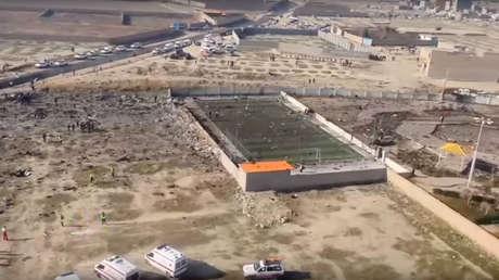 VIDEO: Desolación a vista de dron junto al campo de fútbol donde se estrelló el Boeing ucraniano