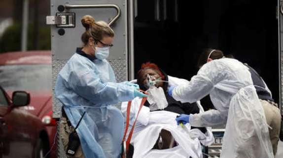 El principal infectólogo de EE.UU. predice que podrían registrarse hasta 200.000 muertes y millones de casos de coronavirus en su país