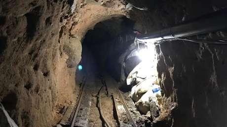 FOTOS: Hallan un túnel con drogas por valor de 29 millones de dólares en la frontera de EE.UU. y México