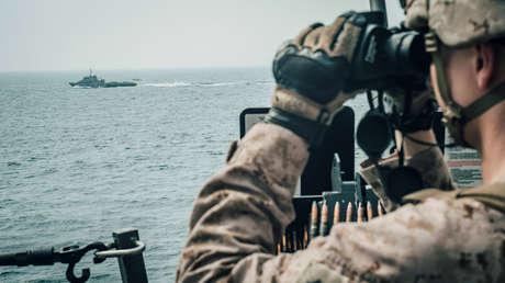 Trump dice que EE.UU. abrirá fuego contra los barcos iraníes que se acerquen demasiado a buques estadounidenses