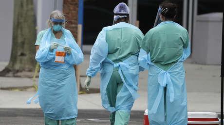 Una doctora no pudo ver a sus hijos durante semanas, después de que su exmarido afirmara que representa una amenaza por el coronavirus