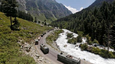 China y la India se comprometen a seguir trabajando para restablecer la paz en la frontera común