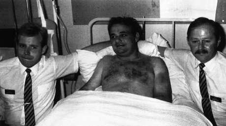 Se viraliza 30 años después la historia del piloto que fue succionado por una ventana, quedó colgando fuera del avión a 17.000 pies y sobrevivió