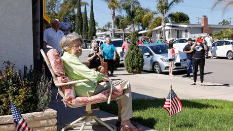 EE.UU. registra un récord de casos de covid-19 en hogares de ancianos