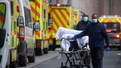 """Primer Ministro de Reino Unido afirma que hay """"indicios"""" de que la nueva variante de covid-19 parece ser más mortal"""