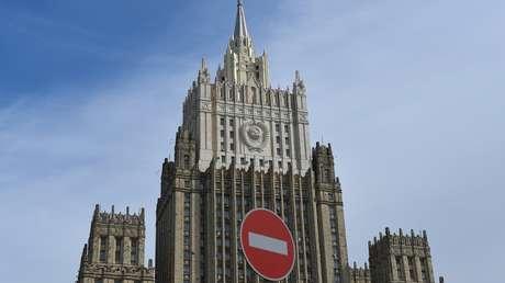 """Moscú asevera que los diplomáticos de EE.UU. tendrán que explicar la publicación de """"la ruta de las protestas"""""""