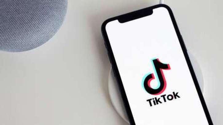 Por qué se debe desvincular el número de teléfono de las cuentas en TikTok