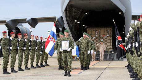 Mit höchsten militärischen Ehren wurde am 26. Juli ein durch einen Selbstmordanschlag in Afghanistan getöteter kroatischer Soldat in Zagreb empfangen.