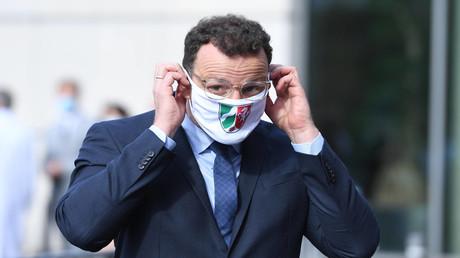 Bundesgesundheitsminister Jens Spahn, hier am 28.08.2020 in Moers, wo er mit NRW- Ministerpräsident Armin Laschet ein Krankenhaus besuchte, weilte am Samstag in Bergisch Gladbach.