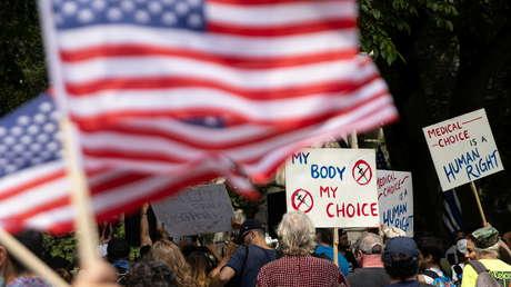 Nakaz obowiązkowych szczepień Joe Bidena może doprowadzić USA prosto do wojny domowej