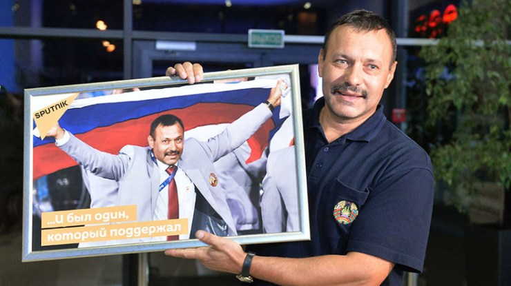 Belarus official to give opening ceremony flag to Russian Paralympians