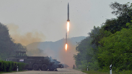 A fire drill of ballistic rockets by Hwasong artillery units of the KPA Strategic Force © KCNA / Reuters