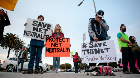 Supporters of Net Neutrality protest the FCC's recent decision to repeal the program in Los Angeles, California, November 28, 2017.  © Kyle Grillot