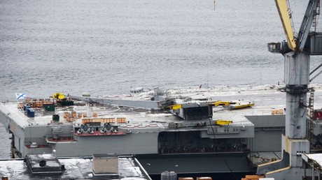 5bdf8d53fc7e9313738b4655 Collapsed dock crane pictured on Russian aircraft carrier after maintenance incident (PHOTOS)