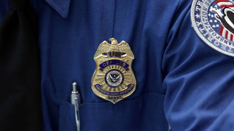 5c56363fdda4c85d5c8b45de Chaos at Orlando airport as TSA agent leaps to death in alleged 'statement suicide'