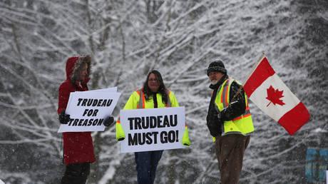 5c625293dda4c8bc068b4653 Trudeau in ethics probe over handling of Libyan contract fraud