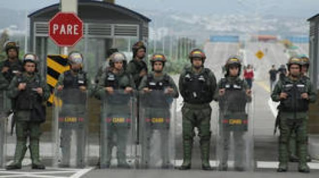 'Alternative facts' anyone? CNN insists Maduro blocked bridge to stop aid