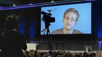 Snowden rips MSM & US politicians for hypocrisy in 'supporting whistleblowers'