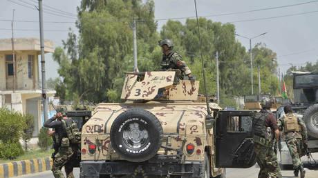 FILE PHOTO: Afghan soldiers in Jalalabad, Afghanistan. August 2020. © AFP / Noorullah Shirzada