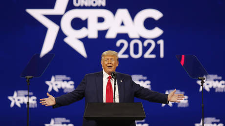 Former U.S. President Donald Trump speaks at the Conservative Political Action Conference in Orlando, Florida, U.S. February 28, 2021. © REUTERS/Joe Skipper