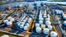 US imports record volumes of Russian oil despite growing political tensions