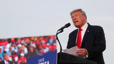 Donald Trump speaks during his first post-presidency campaign rally at the Lorain County Fairgrounds in Wellington, Ohio, June 26, 2021 © Reuters / Shannon Stapleton