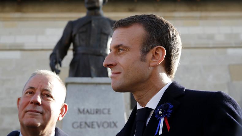 «Vous écrasez les gens» : à Verdun, Macron assailli de toutes parts par les mécontents (VIDEOS)
